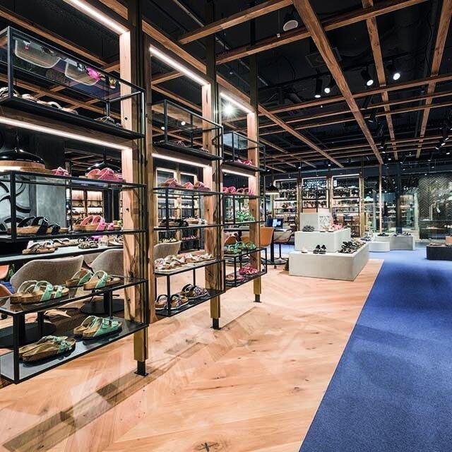 640-showroom.jpg