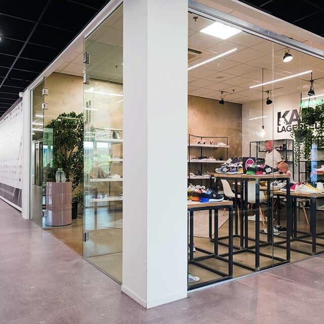 640-showroom3.jpg